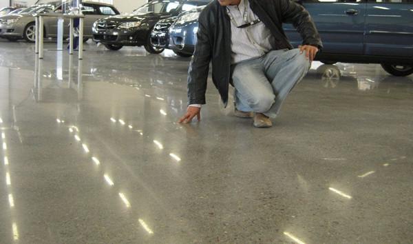 旧地坪起砂翻新处理