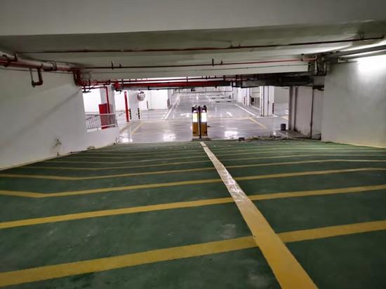 无锡万荟城3万平方米固化地坪